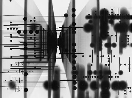 ROGER HUMBERT. Fotogramm, 1959. Silbergelatine-Barytpapier. Unikat. 30 x 40,3 cm