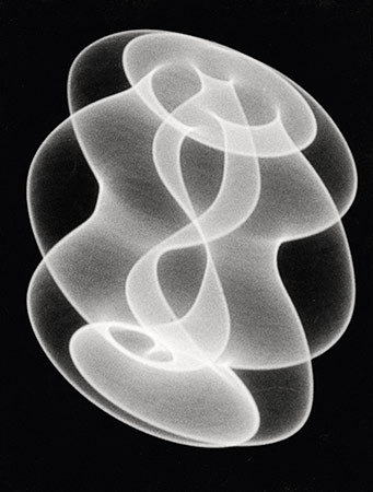HERBERT W. FRANKE. Tanz der Elektronen, 1961/62. 2. Werkgruppe: Elektronische Grafik. Silbergelatine-Barytpapierabzug. 23,9 x 18,2 cm