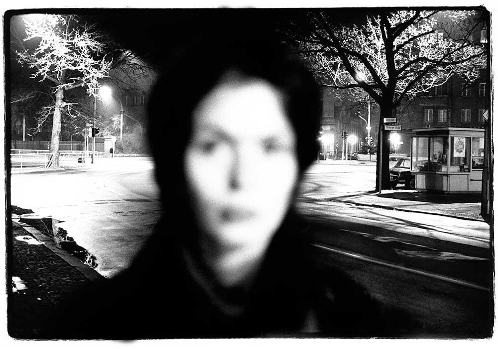 Tina Bara, 1987. Choriner Straße / Oderberger Straße, Berlin