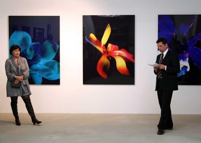 Eröffnung der Ausstellung am 12.02.2010 mit einer Rede von Dr. Bernd Fechner und der Künstlerin