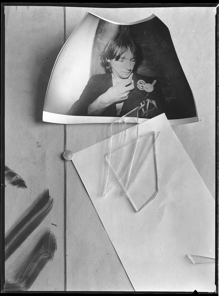 Foto mit Glasscheibe, 1984