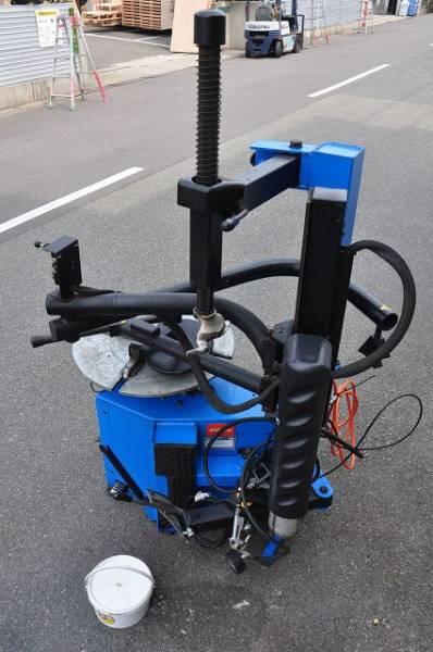 自動車整備工具バンザイ タイヤチェンジャー HOFMANN MONTY1270 サポート付高価買取致しました。