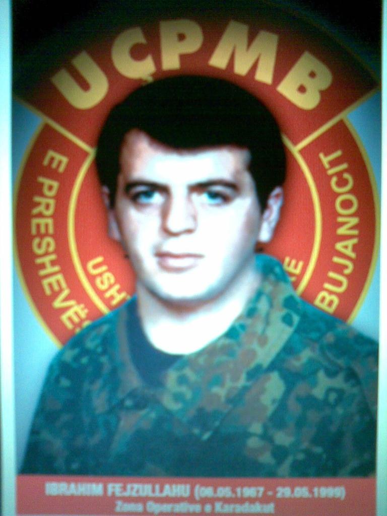 Ibrahim Sejdi  Fejzullahu Gosponicë PreshevëU lind më 06.maj 1967-me 29.maj 1999 ra heroikishtë në mbrojtje të atdheut ishte ushtarë i UÇK dhe UÇPMB-së