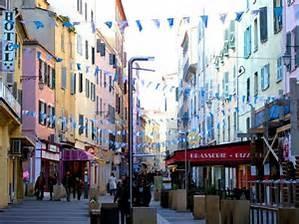vue de la rue Fech - centre ville -