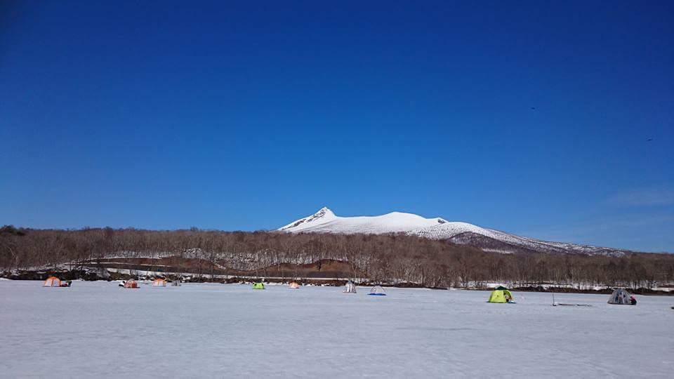 雄大な駒ヶ岳をバックに釣りを楽しめます!