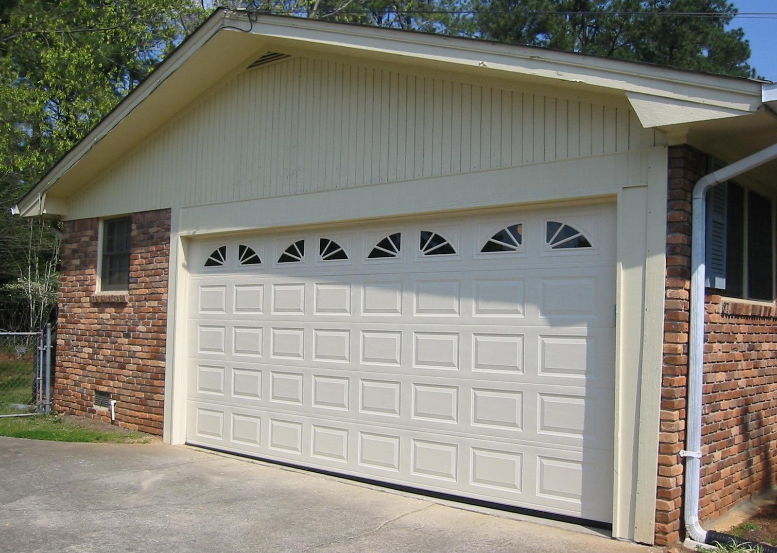 Puertas automaticas alcoy puertas de garaje automaticas for Puertas de cochera automaticas