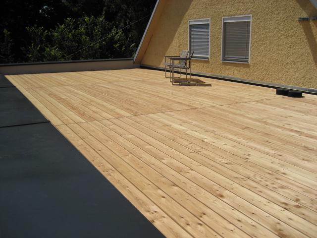 Dachterrasse mit Lärche Dielen