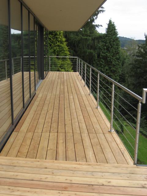 Balkon mit Lärchendielen