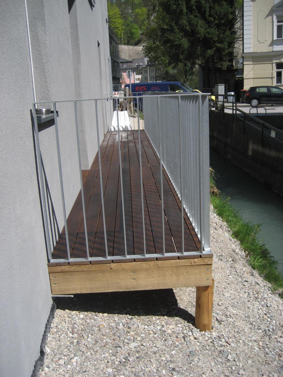 Balkon mit Thermoesche - Dielen