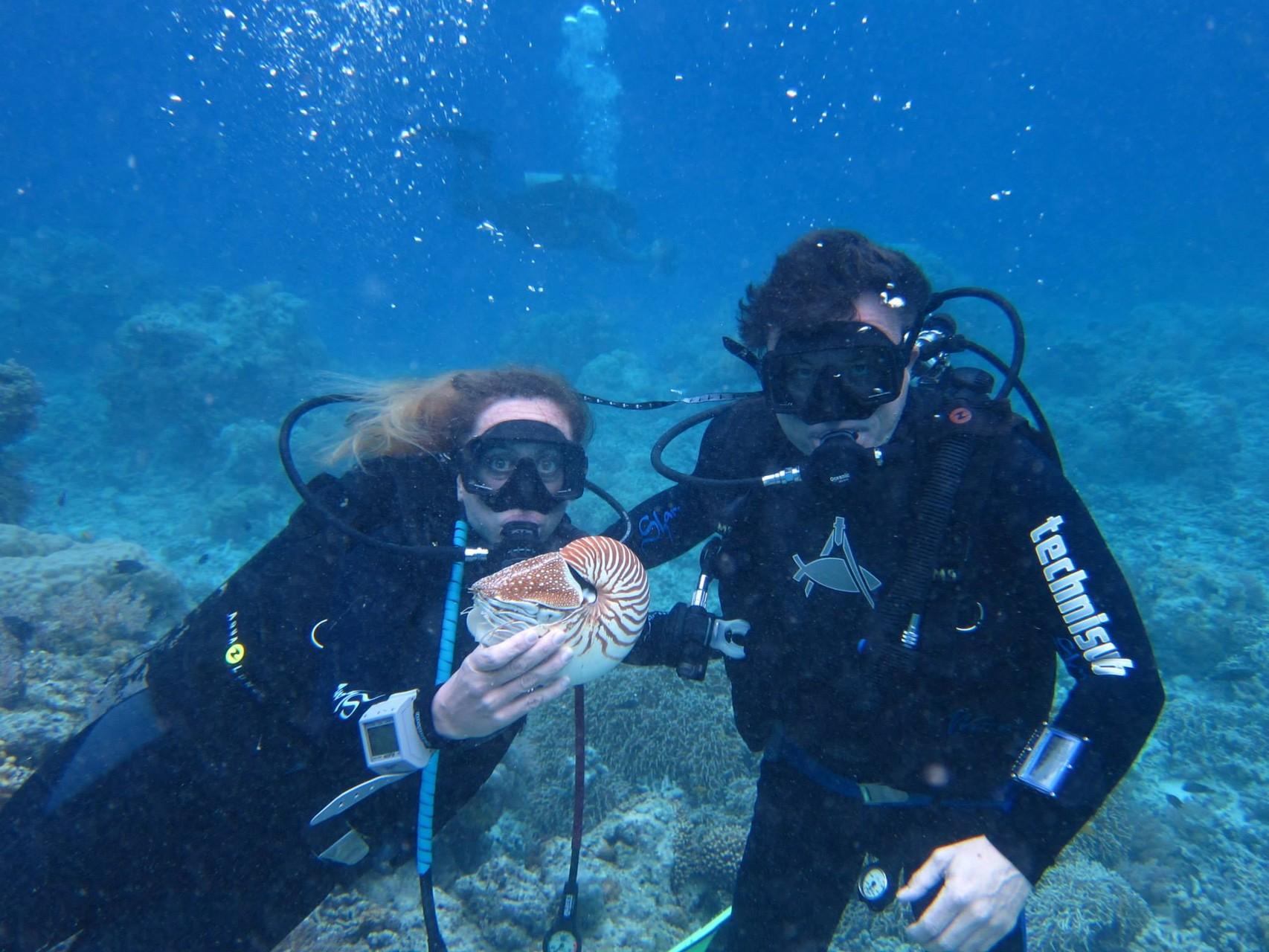 MICRONESIA con un Nautilus