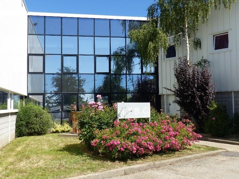 Entrée de l'usine à Bussières