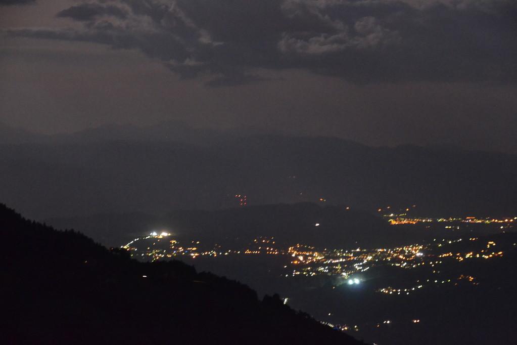 Bozen bei Nacht