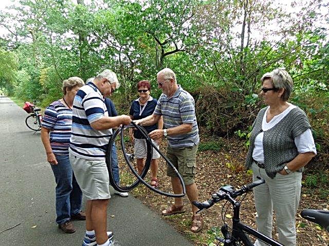Radfahrpanne bei einer 50 km Tour mit dem Wanderclub