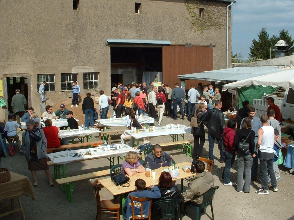 2002-portes ouvertes et marché paysan