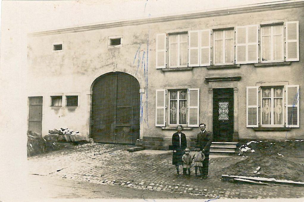 1940:Ancienne ferme d'avant-guerre qui fut détruite pendant la seconde guerre mondiale