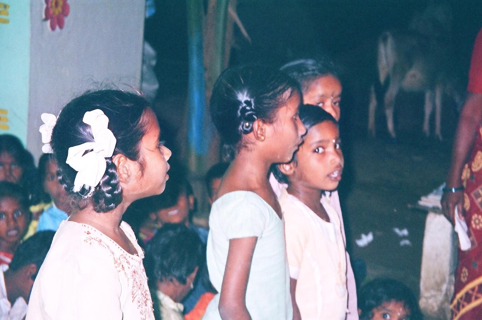 Chanson de bienvenue à la coordinatrice à Kanalapadi