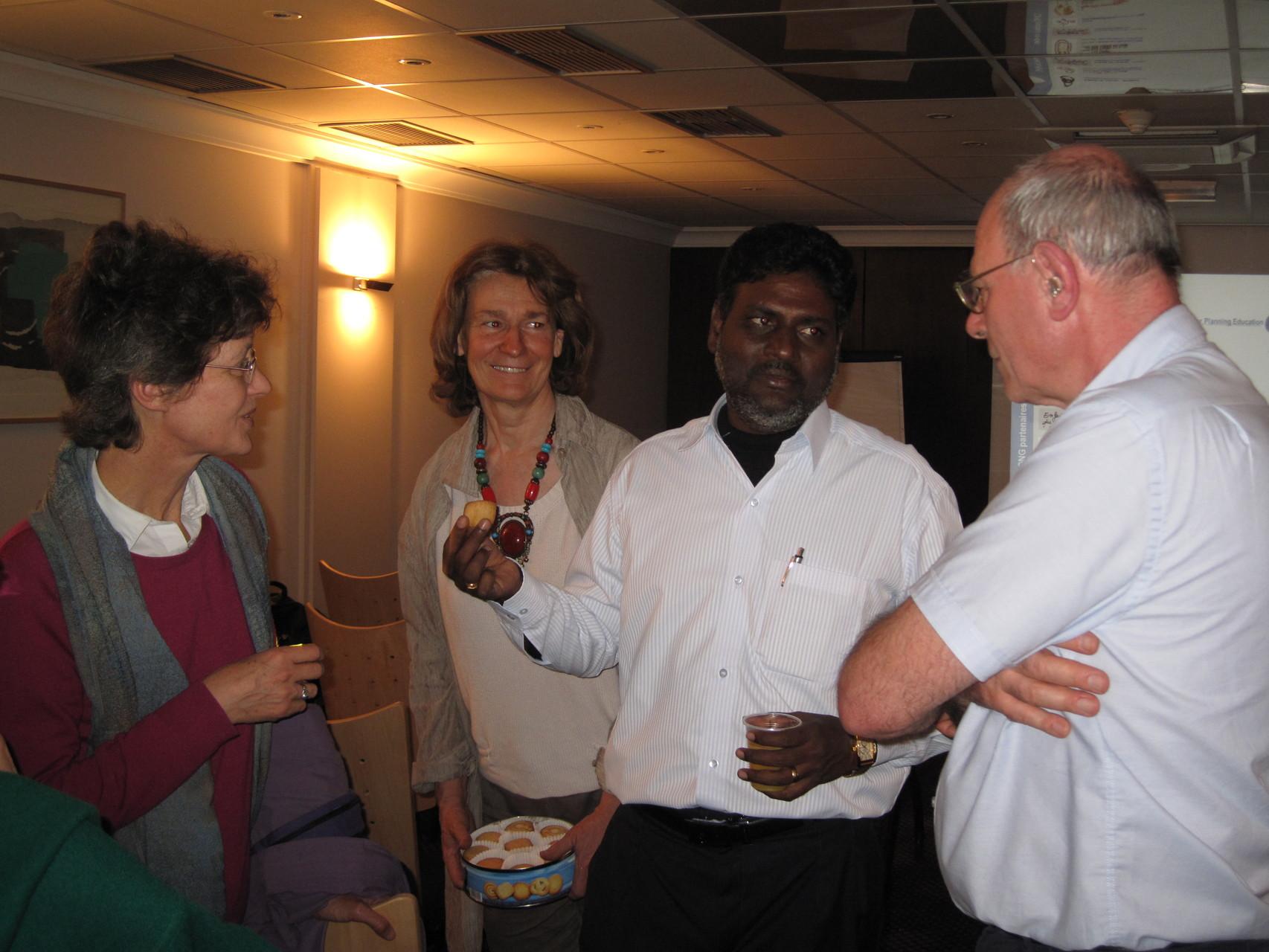 2012 - Rosario avec Béatrice et Jacques les représentants d'Enfants du Monde France. et Florence