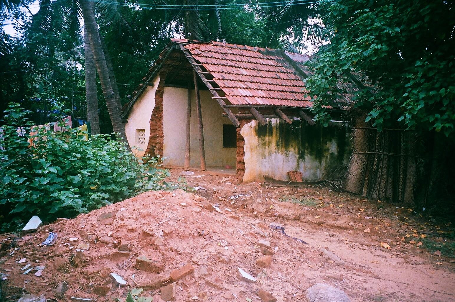 Décembre 2005 - Les ruines de Periyakalapatu