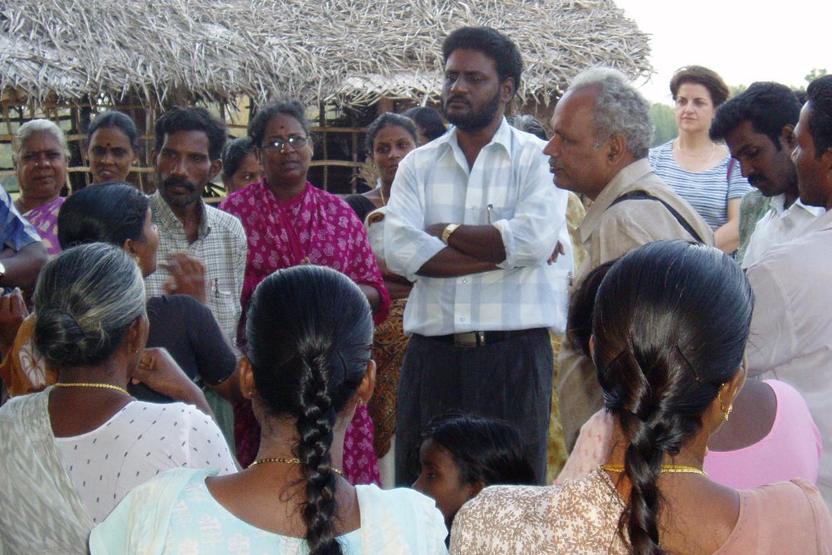 Décembre 2005 - POPE, IGSSS et Le Souffle du Sud à l'écoute des villageoises de Thazhankuda