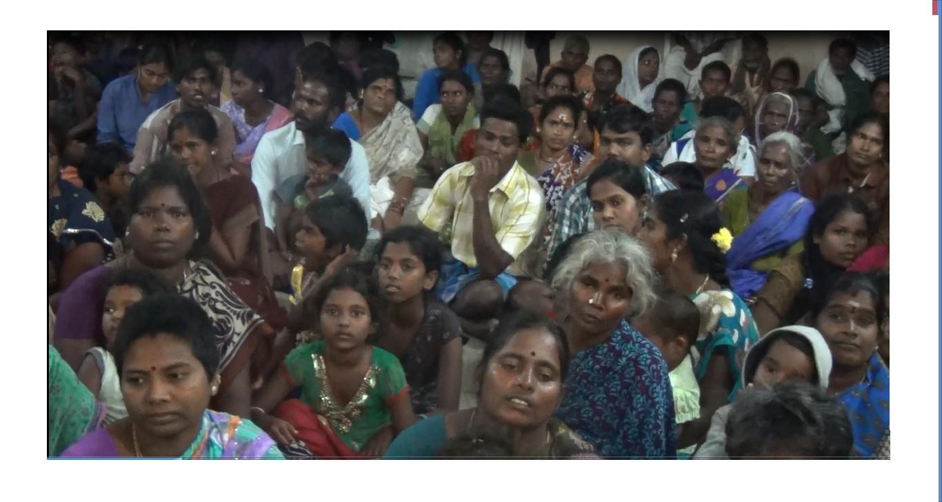 Réunion des habitants du village dalit Paramankeni