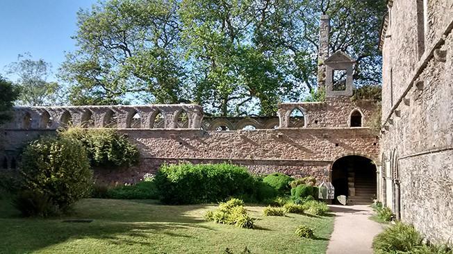 Abbaye de Beauport. Photo Annie Muller
