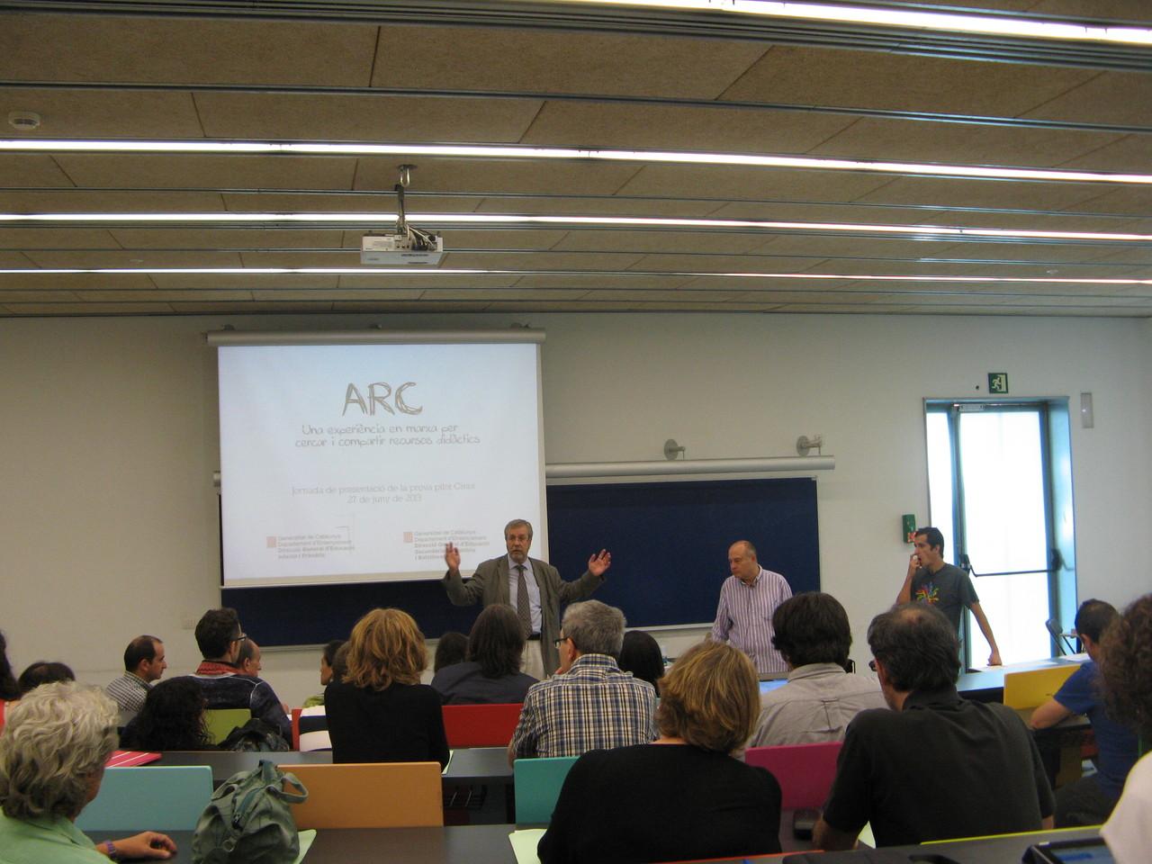 Anton Aubanell i Sergi del Moral van presentar la seva experiència sobre l'Aplicació de Recursos al Currículum