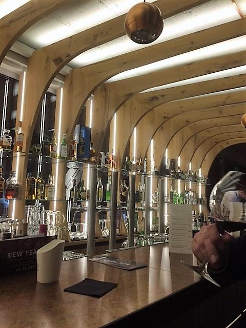 """Theke in der Bar/ Restaurant """"Korn´s"""" Nürnberg"""