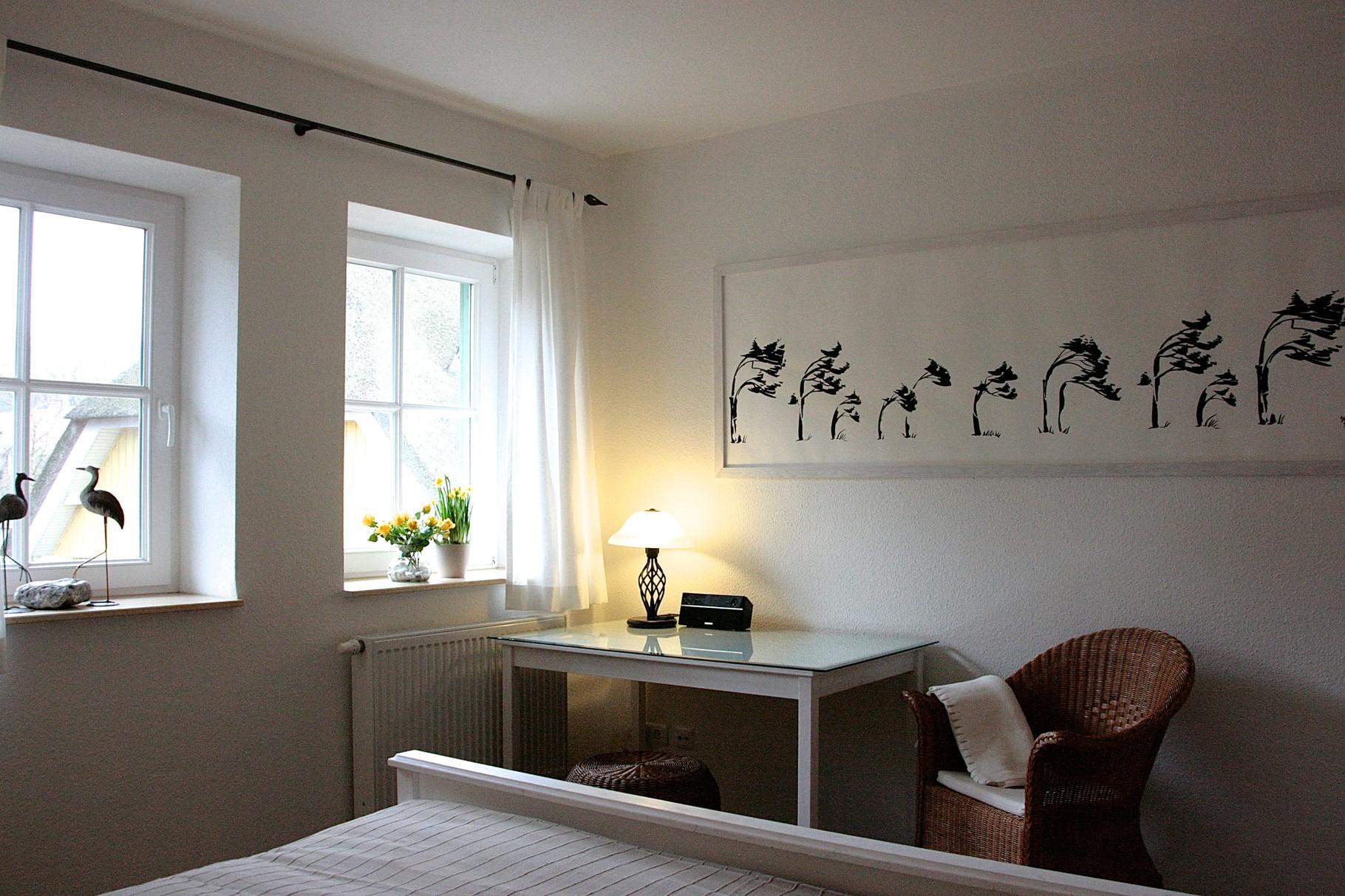 Schlafzimmer 1 mit Internetradio