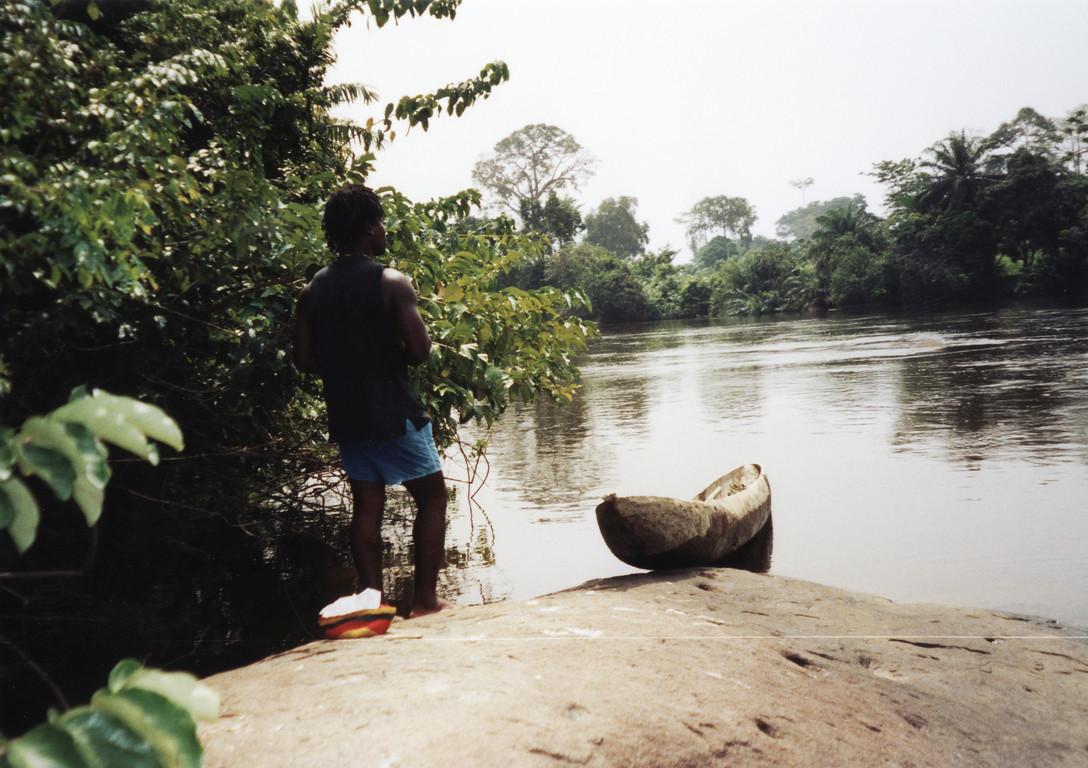 Ballades en pirogue sur le fleuve