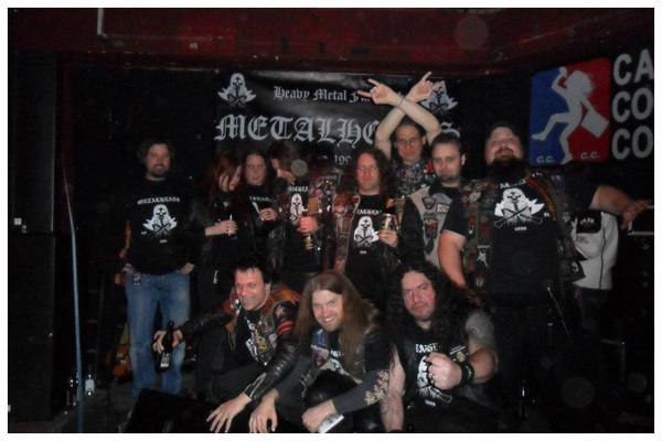 Gruppenbild im ACE Club / Berlin 2012 anlässlich 'Thrashers' Geburtstagsparty