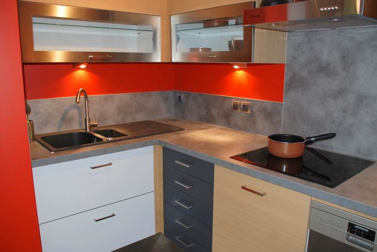Comfortable american kitchen fully equipped with new appliances
