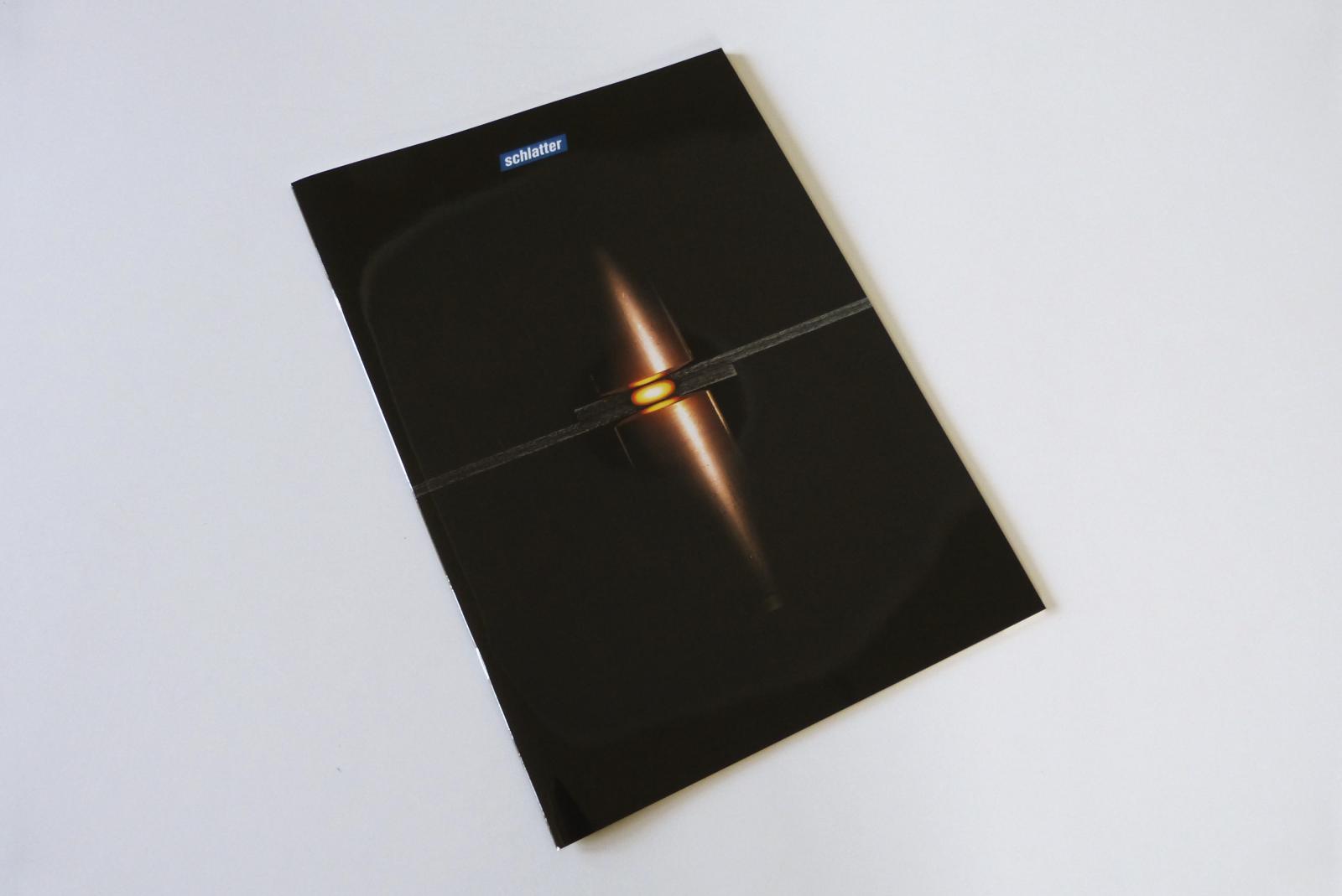 Umschlag UV-Lack Hochglanz