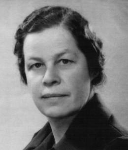 Dr. Julia Gauss