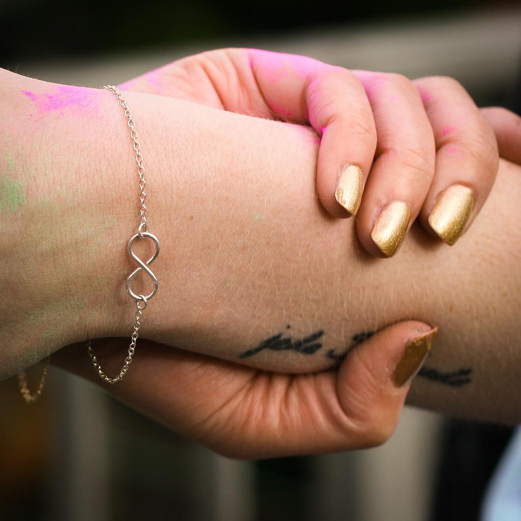 INFINITY Armkettchen aus edlem Sterling Silber oder Gold Filled ...