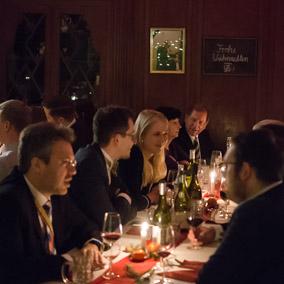 Unser Weihnachtsessen mit Damen und Alten Herren.