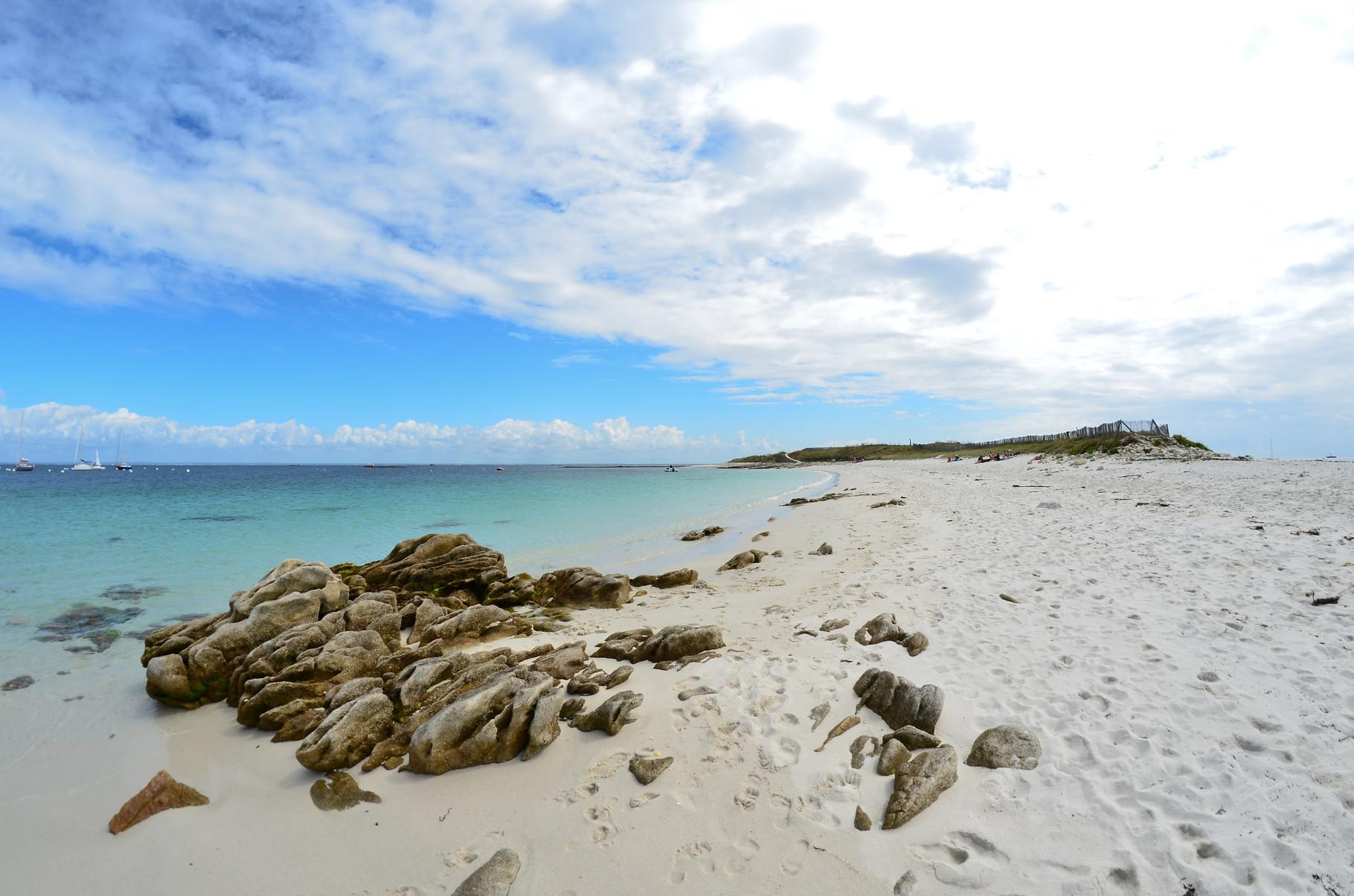 les Glénan -  la plage déserte