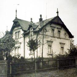 Rähnisstraße 40, Freimaurersymbole