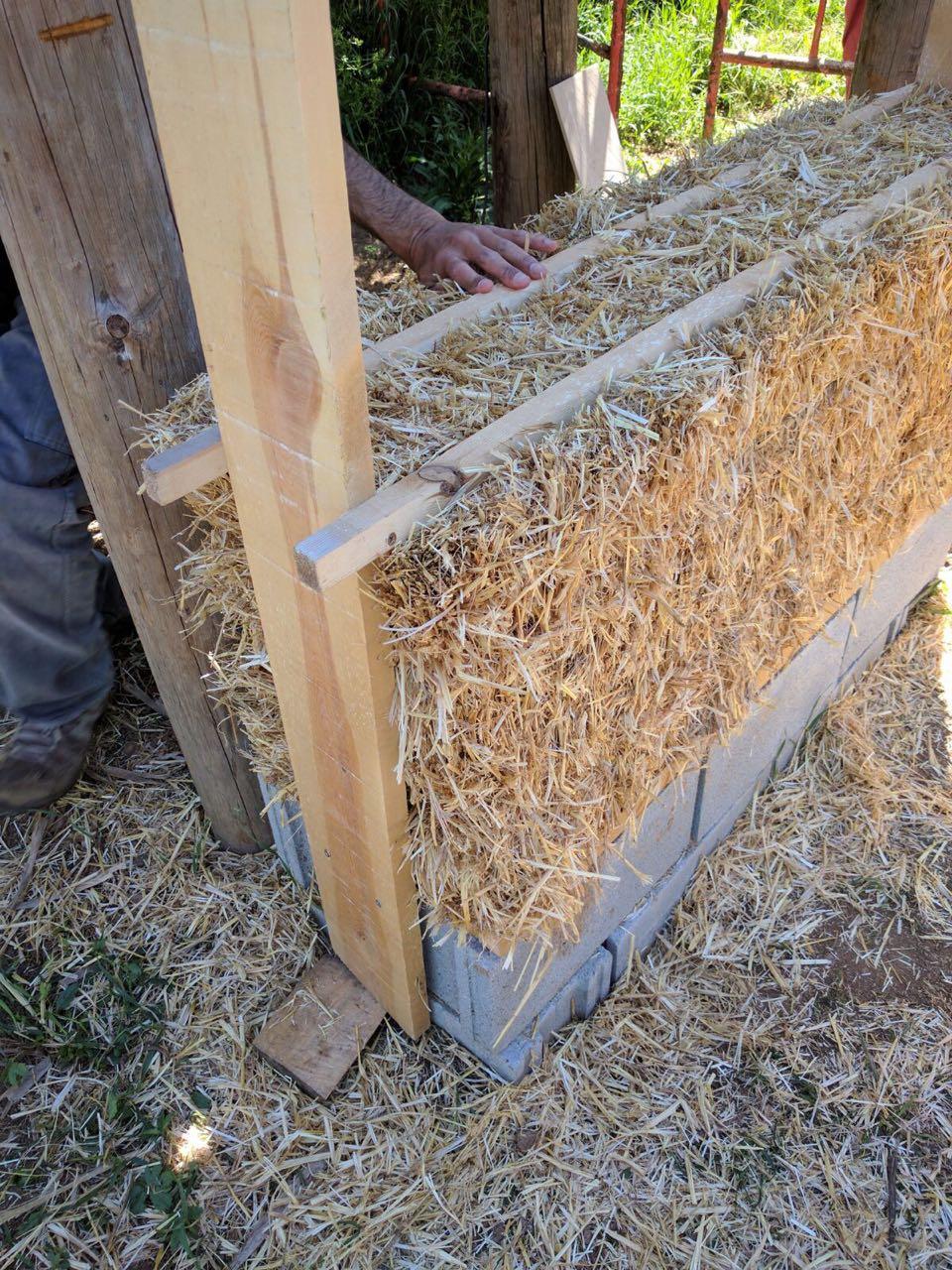 Strohbautechnik