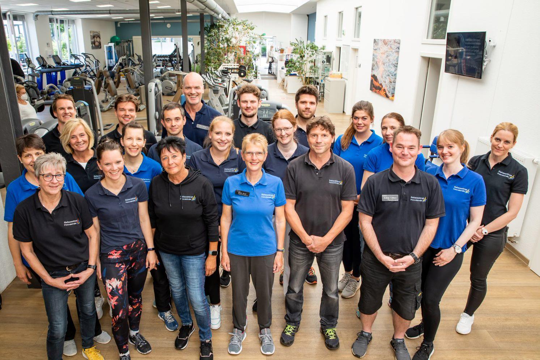 Team im Rehazentrum Petzvalstraße. Physiotherapeut, Ergotherapeut, Sportwissenschaftler, Personal Trainer, Masseur, Osteopath
