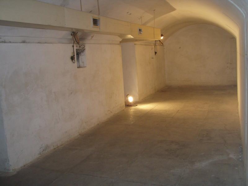 dormitorio grande con aerazione - stato originale