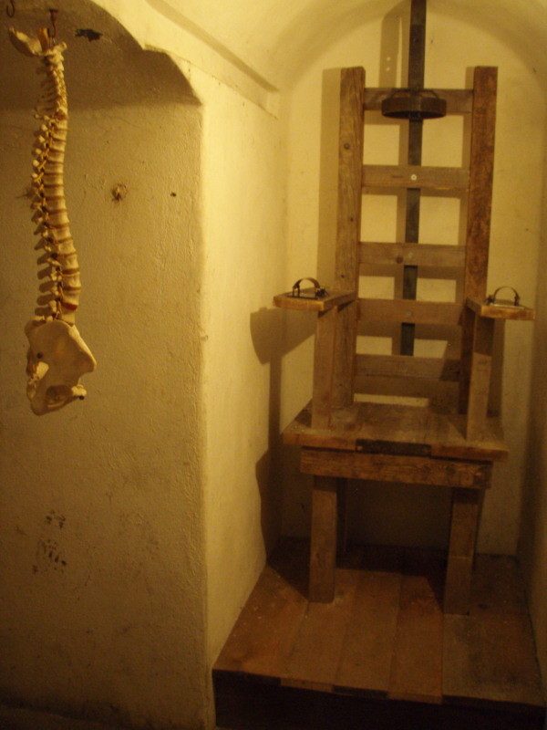 künftige Umgestaltung der Kammer 3 zum Thema Foltermethoden/Informationsbeschaffung