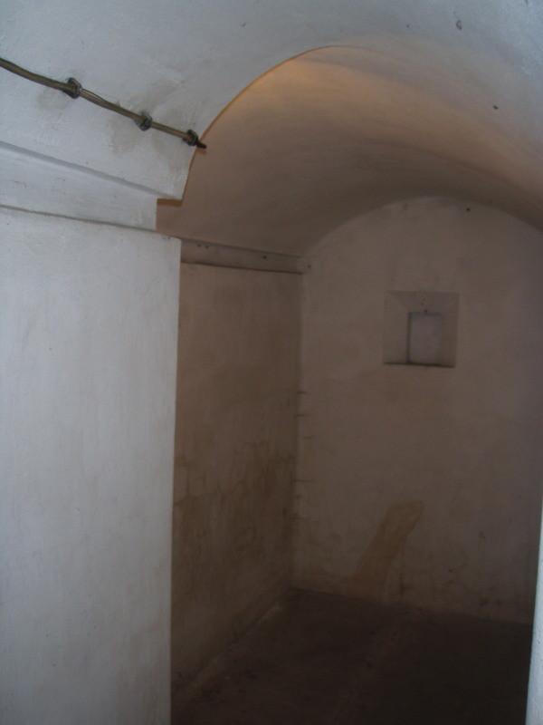 camera n° 5 nel piano interrato