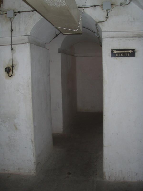 ingresso alle camere n° 2 e n° 3 (sottoterra) - stato originale