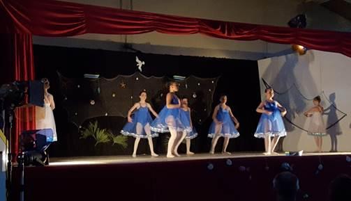 """Danse """"classique groupe 3"""" AFR Loisirs 31290 Gardouch"""