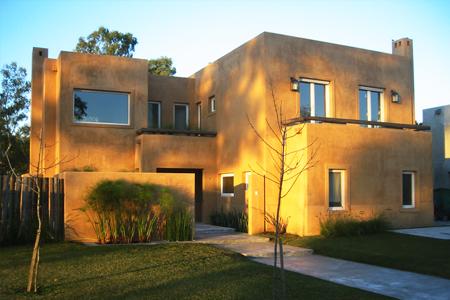 Cancelería de Aluminio / Casa mostaza