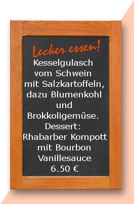 Mittagstisch am Donnerstag den 30.03.2017: Kesselgulasch vom Schwein mit Salzkartoffeln, dazu Blumenkohl und Brokkoligemüse.  Dessert: Rhabarber Kompott mit Bourbon Vanillesauce