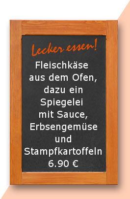 Mittagstisch am Donnerstag den 15.02.2018: Fleischkäse aus dem Ofen, dazu ein Spiegelei mit Sauce, Erbsengemüse und Stampfkartoffeln. 6,90 €