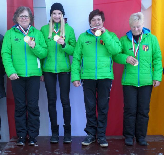 Unser Siegerteam vlnr.: Herta Stöckl, Lisa Thaler, Irmi Aschaber u. Monika Friedl
