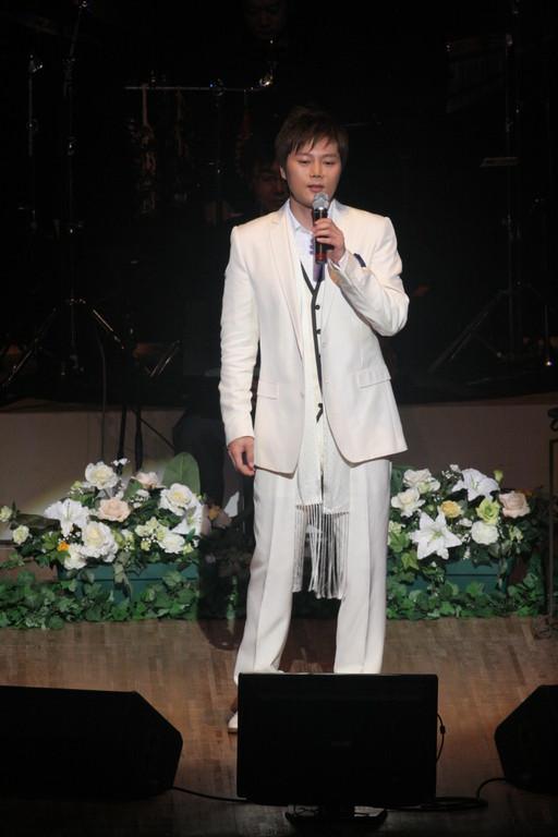 そして、歌手のRyuさん登場!