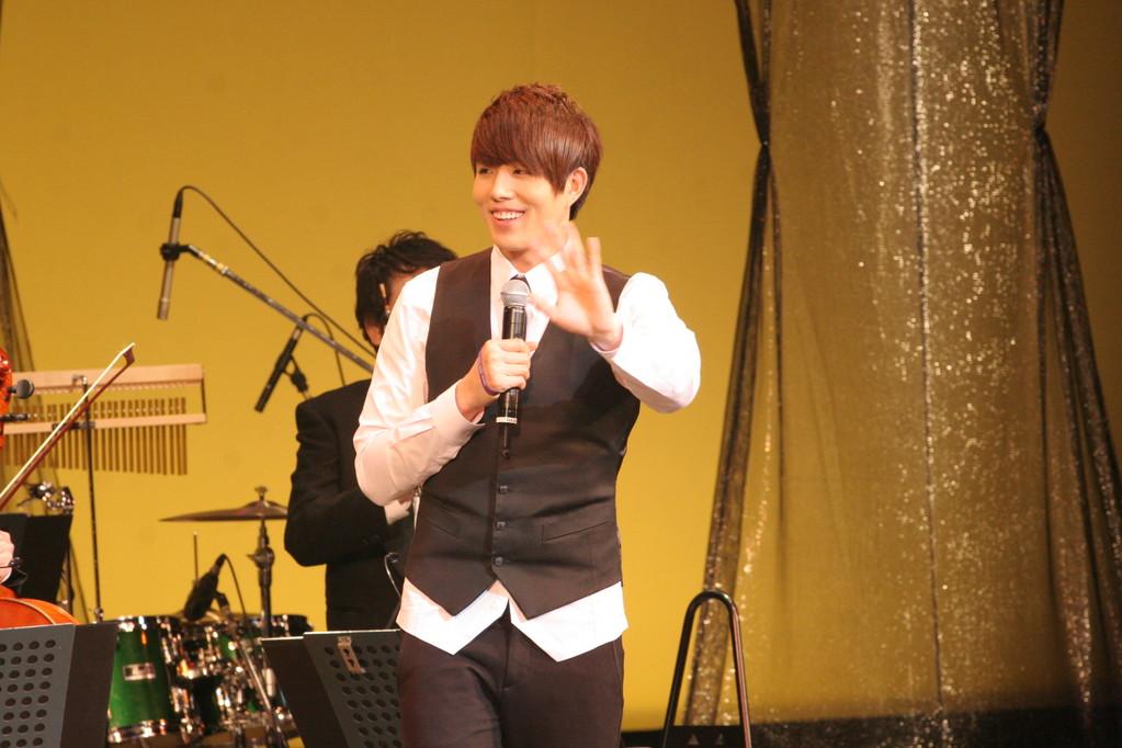 大阪・東京・名古屋で開催された「韓ドラ★テーマグランドコンサート」のトップバッターはハニさん!